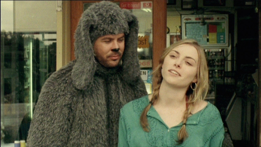 Wilfred: S1 E4 - Walking The Dog