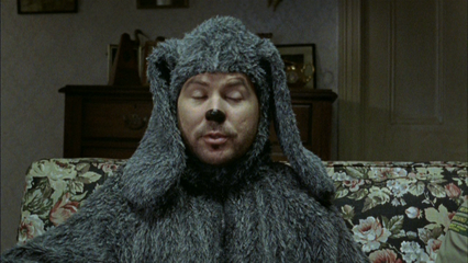 Wilfred: S2 E1 - Kiss Me Kat