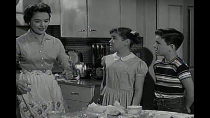 Father Knows Best: S5 E3 - Kathy's Romance