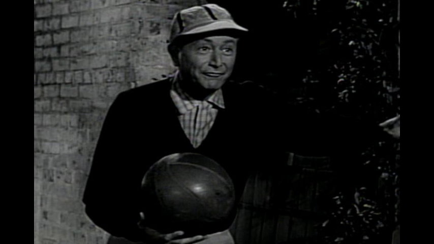 Father Knows Best: S5 E15 - The Basketball Coach