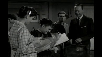 Father Knows Best: S6 E18 - Kathy's Big Deception