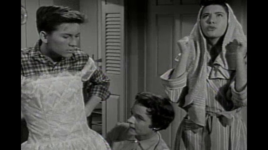 Father Knows Best: Betty's Graduation