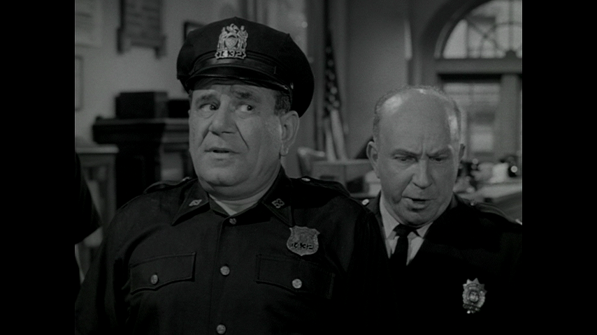 Car 54, Where Are You?: S2 E8 - That's Show Business