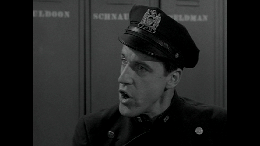 Car 54, Where Are You?: S2 E14 - Stop Thief