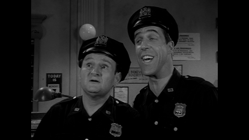 Car 54, Where Are You?: S2 E30 - The Curse Of The Snitkins