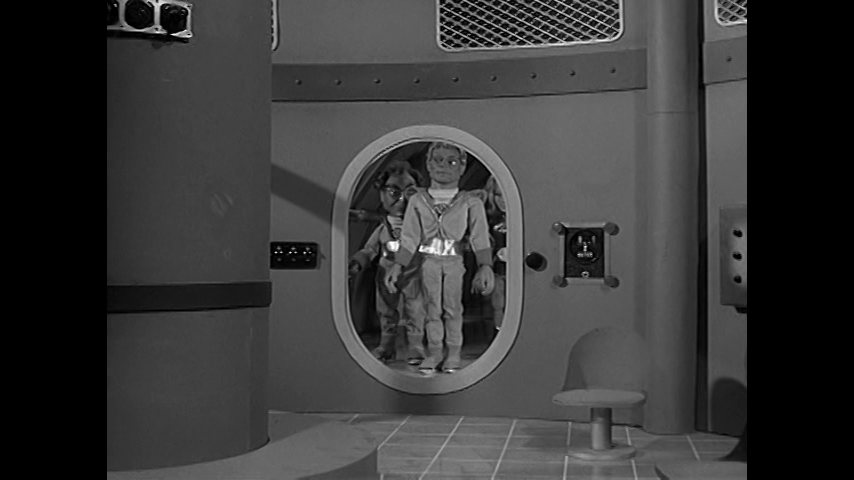Fireball XL5: S1 E5 - Spy In Space