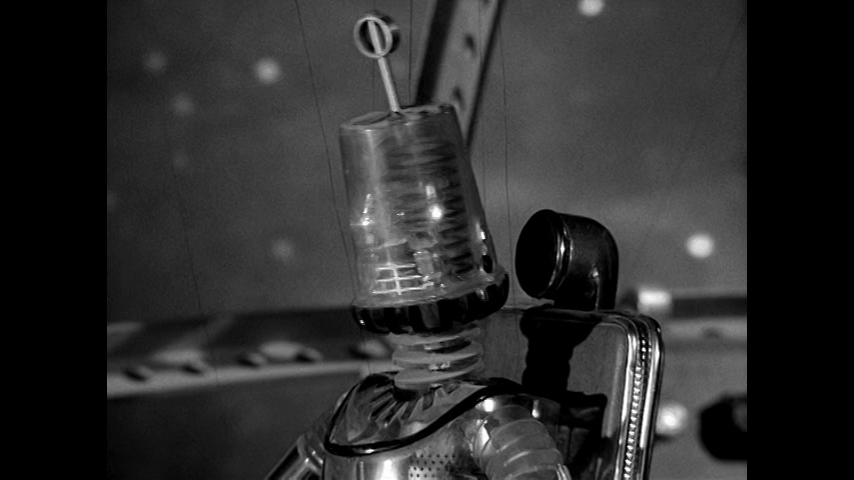 Fireball XL5: S1 E28 - Whistle For Danger