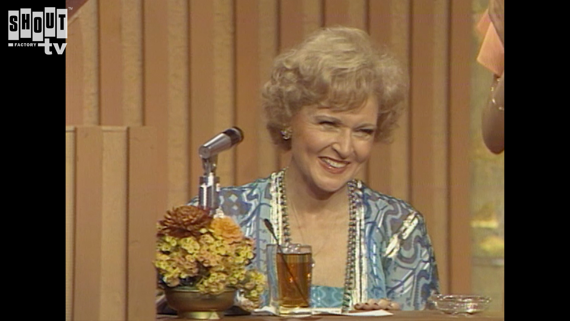 The Dean Martin Celebrity Roasts: Betty White (5/6/78)