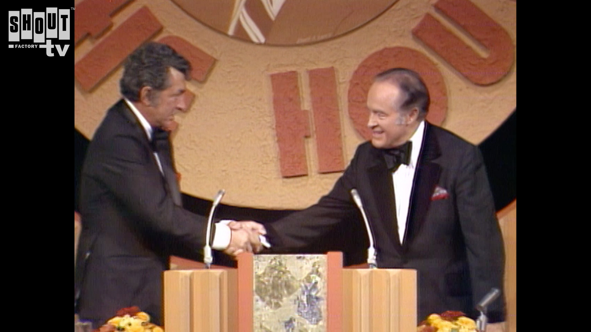 The Dean Martin Celebrity Roasts: Bob Hope (10/31/74)