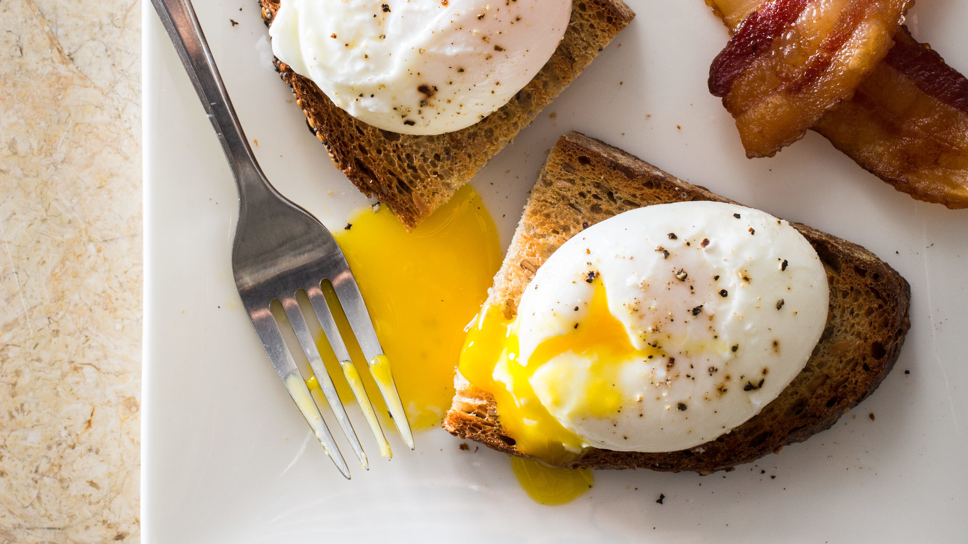 Perfect Poached Eggs Cook S Illustrated
