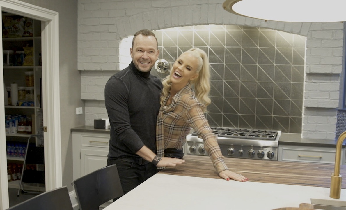 Jenny McCarthy & Donnie Wahlberg's Chicago Home